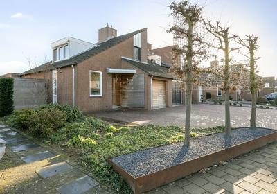 Pastoor Hutschemakersstraat 13 in Beek 6191 NK