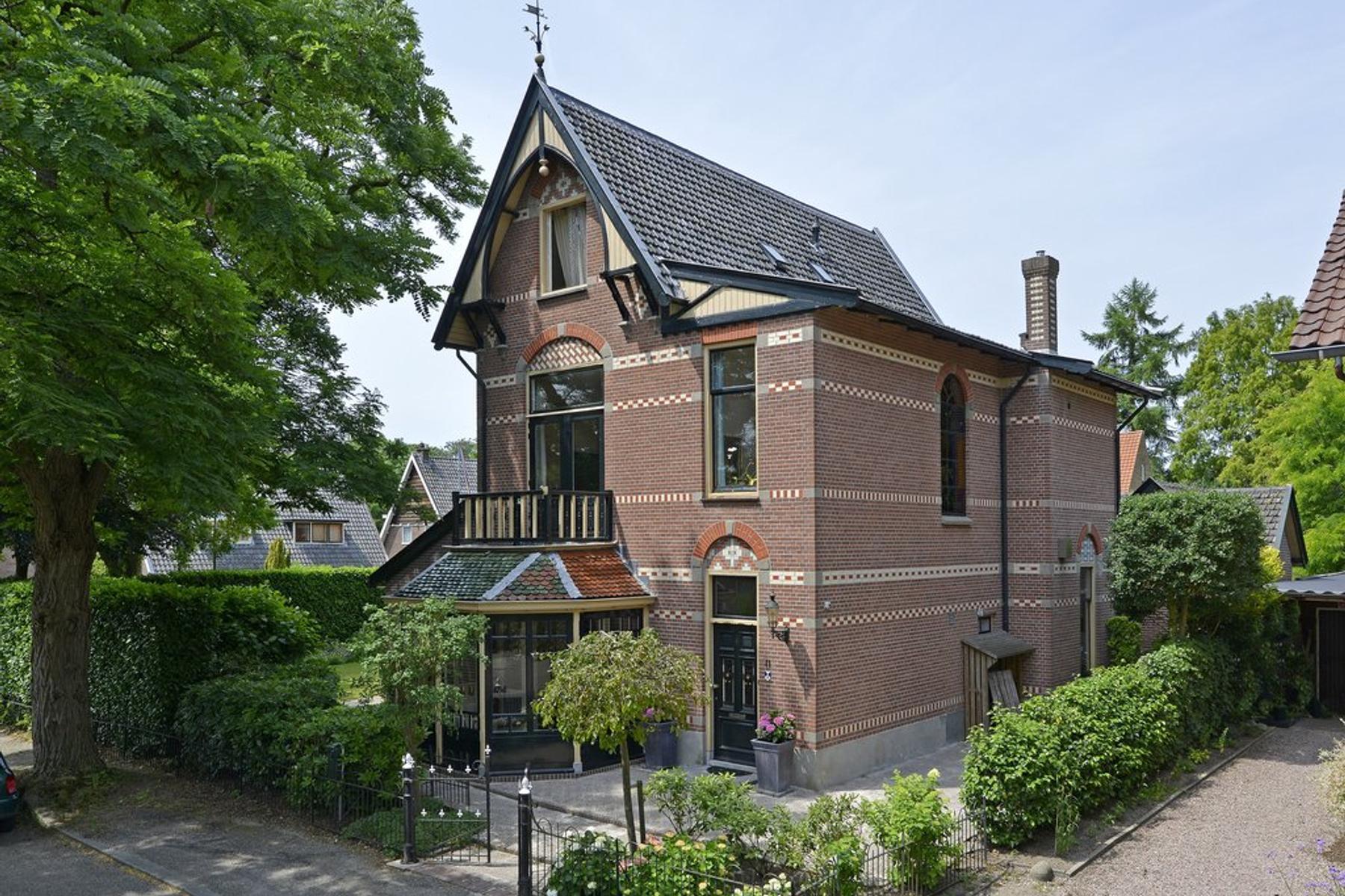 Mevrouw V Vollenhovenprk 11 in Driebergen-Rijsenburg 3971 CW