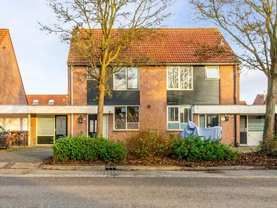 Lemsterweg 68 in Zeewolde 3891 CR