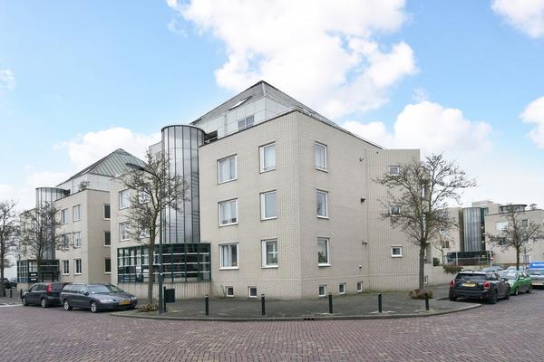 Raadhuisstraat 30 in Voorburg 2271 CW