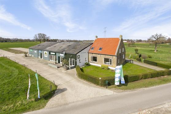 Drossaertstraat 11 -11A in Oud Gastel 4751 RE