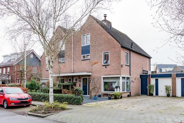 Hensjesweg 17 in Barneveld 3772 AZ