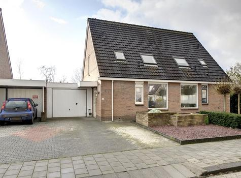 Valkenhorst 22 in Delfzijl 9932 LP