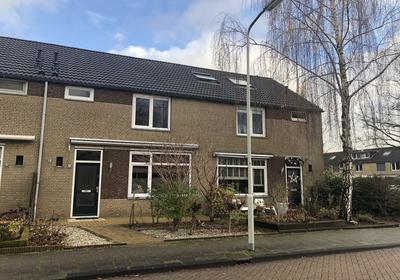 Dokter Bauerstraat 128 in Gorinchem 4205 KD
