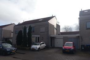 Zonnedauw 63 in Tiel 4007 VC