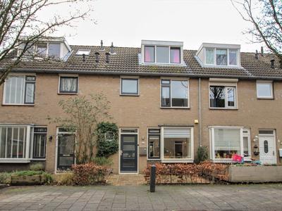Meester Van Oeffelstraat 5 in 'S-Hertogenbosch 5237 KN
