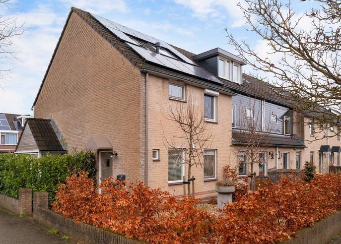 Lucretia Van Merkenlaan 76 in Veenendaal 3906 WE