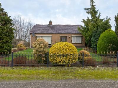 Waaijenbergstraat 35 in Zundert 4881 NB