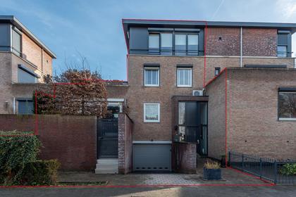 Odulfusstraat 2 in Helmond 5706 BR