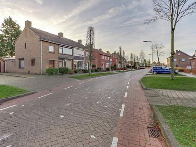 Veldstraat 77 in Zundert 4881 BB