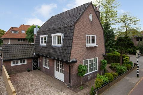 Huizerweg 192 in Bussum 1402 AP