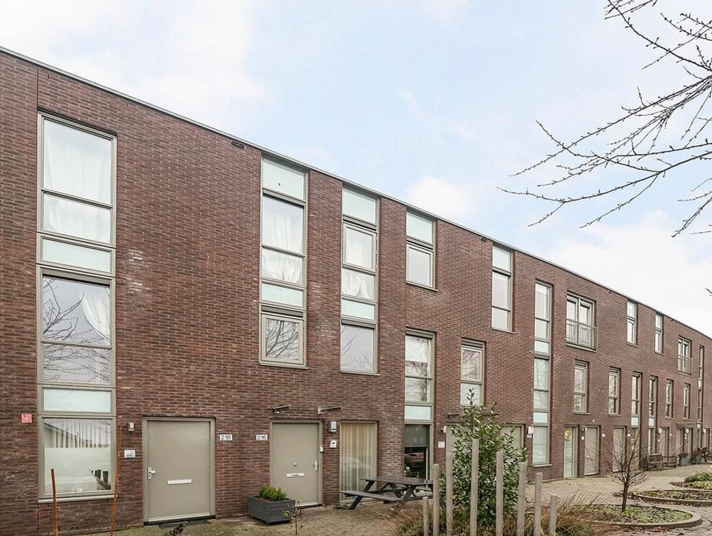 Renoirstraat 216 in Almere 1328 RH