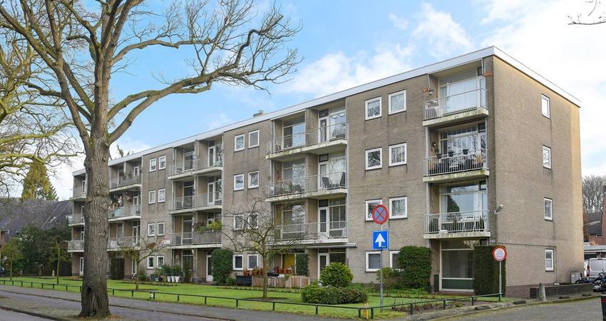 Brinklaan 169 in Bussum 1404 GE