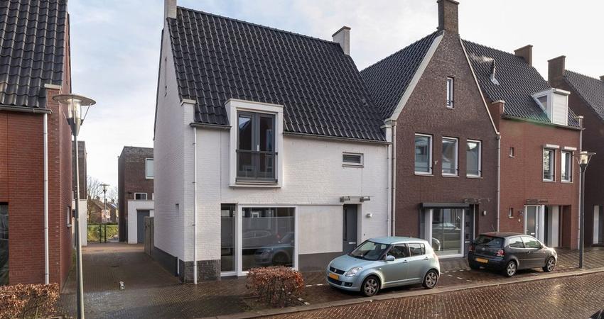 Turfhoofd 16 in Oudenbosch 4731 LZ