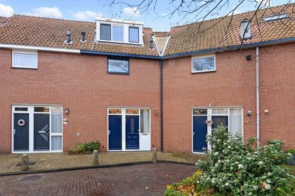 Pinksterbloem 9 in Naaldwijk 2671 WP