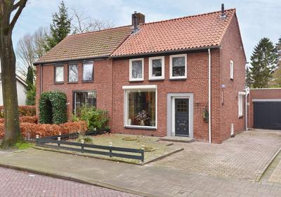 Schoolstraat 98 in Halsteren 4661 JM
