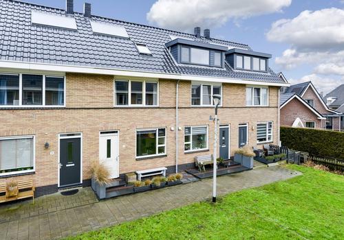 Pastoor J. Van Dijklaan 11 in De Kwakel 1424 SJ