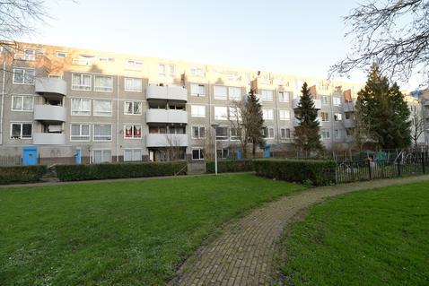 Bernard Shawsingel 144 in Amsterdam 1102 VD