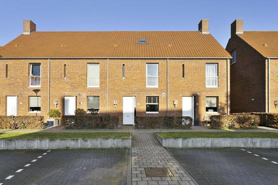 Hof Van Tongerloo 17 in Riel 5133 CH
