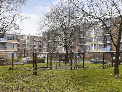 Burgemeester Van Haarenlaan 696 in Schiedam 3119 GS