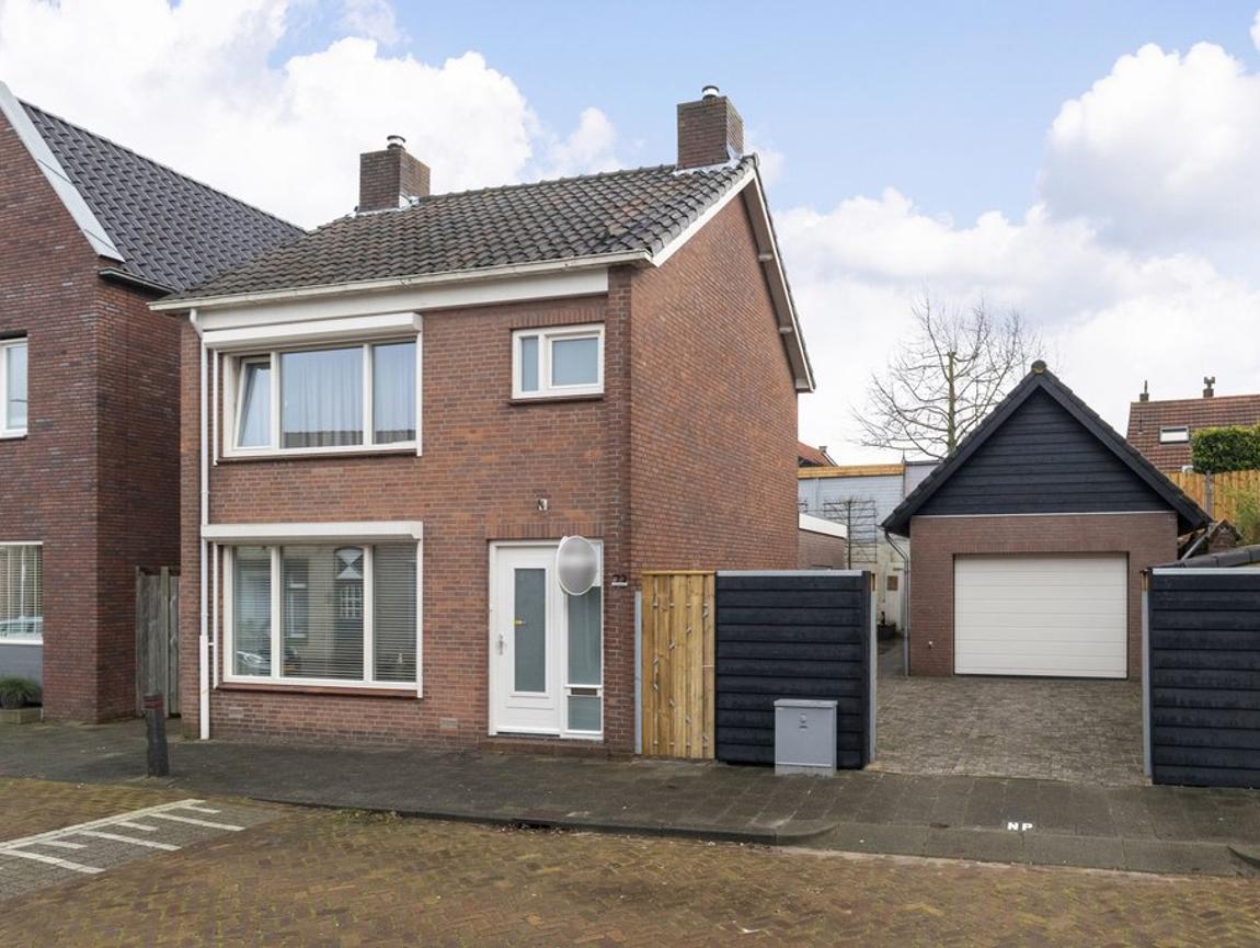 Lage Wipstraat 73 in Zevenbergen 4761 EB