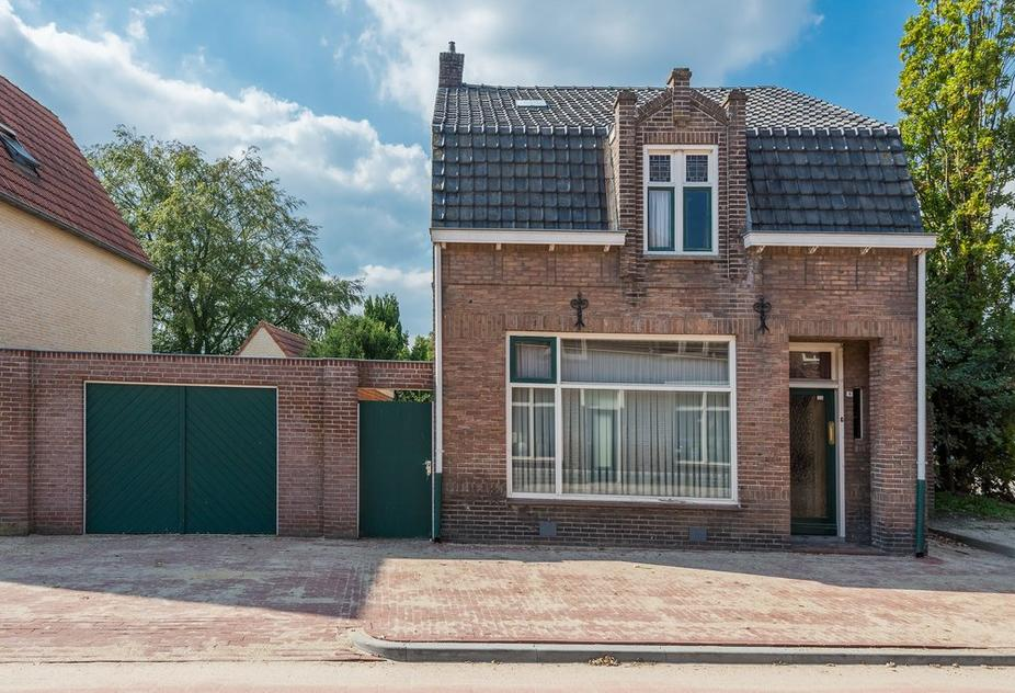 Bloemenstraat 9 . in Hilvarenbeek 5081 CR