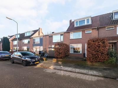 Van Schendelstraat 4 in Harderwijk 3842 AR