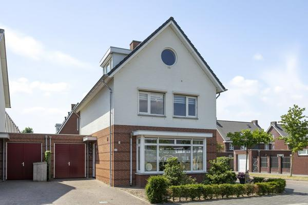 Duetstraat 28 in Rosmalen 5245 BE
