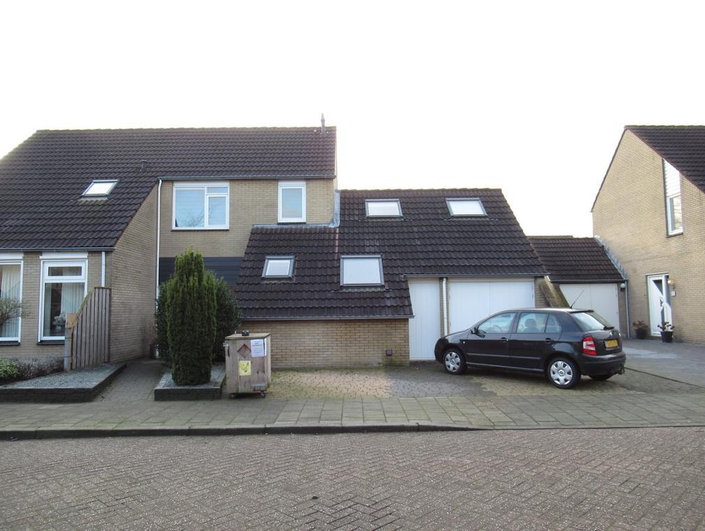 Evert Reddersland 30 in Staphorst 7951 GH