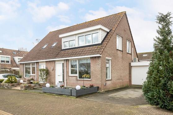 Sterrekroos 125 in Kampen 8265 LS