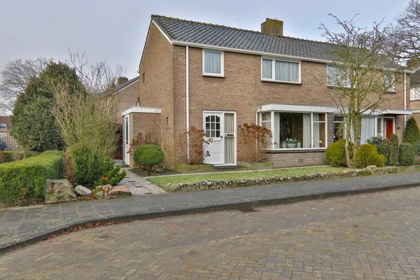 Dokter Broekhoffstraat 4 in Hollandscheveld 7913 AP