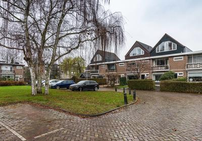 Mr. Thorbeckestraat 28 in Ridderkerk 2982 AR
