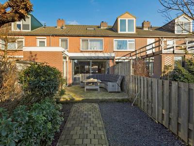 Jhr. K.W.L. De Muraltstraat 38 in Ter Aar 2461 VH