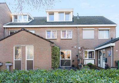 Vermeerplantsoen 23 in Drunen 5151 WN