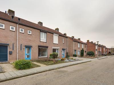 Dokter Meuwissenstraat 11 in Sint Odilienberg 6077 BP
