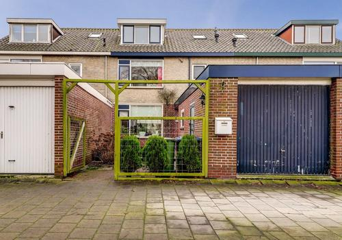 Kievitstraat 22 in Bleskensgraaf Ca 2971 AM