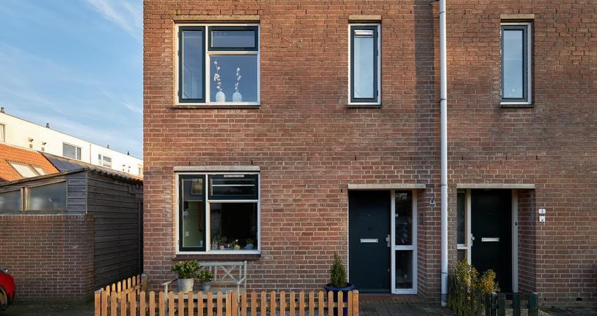 Mandenvlechter 1 in Alphen Aan Den Rijn 2401 JK