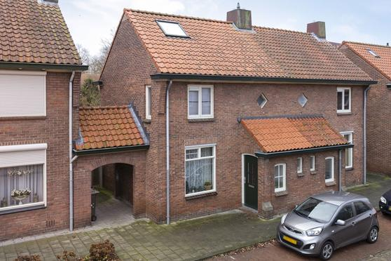 Halmaherastraat 44 in Enschede 7541 XT