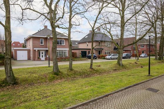 De Moseik 12 in Apeldoorn 7325 HD