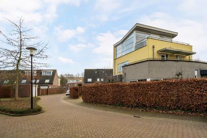 Wim Sonneveldstraat 1 in Waalwijk 5144 ZM