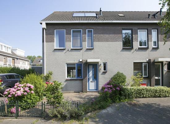Pietersberg 9 in Alphen Aan Den Rijn 2402 ZG
