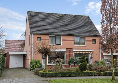 Uranusstraat 23 in Enschede 7521 ME