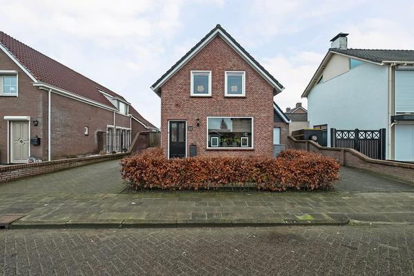 Irenestraat 12 in St. Willebrord 4711 CB