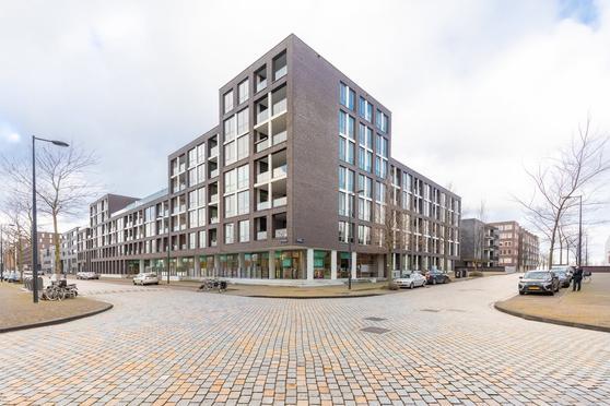 Fritz Dietrich Kahlenbergstraat 57 in Amsterdam 1087 LL
