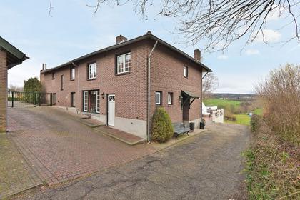 Hilleshagerweg 104 in Mechelen 6281 AH
