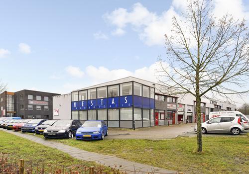 Jool-Hulstraat 1 in Almere 1327 HB