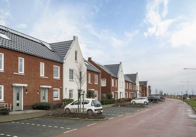 Van Oranje-Nassaulaan 61 in Zevenhuizen 2761 HW