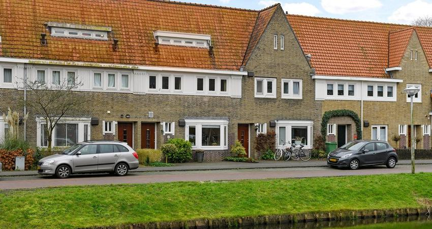 Catharina Van Clevepark 5 in Amstelveen 1181 AR