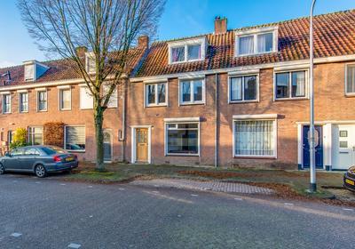 Vredeman De Vriesstraat 57 C in Tilburg 5041 GR
