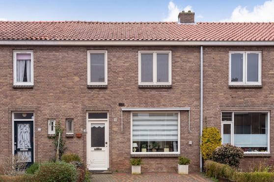 Frans Halsstraat 18 in Deventer 7412 TT